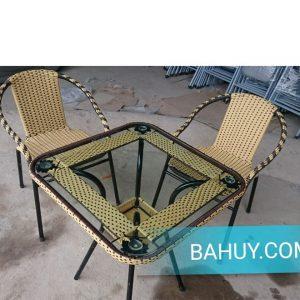 Bộ bàn + 4 ghế mây giá rẻ