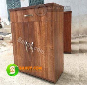 Thanh lý tủ để giày dép bằng gỗ mới 95%