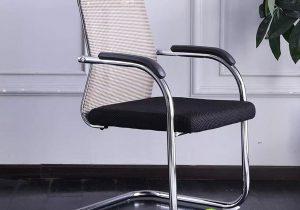 Ghế lưới và ghế da loại nào tiện hơn cho văn phòng?