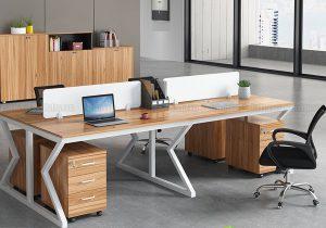 Làm việc hiệu quả và tập trung hơn với cụm bàn cho văn phòng